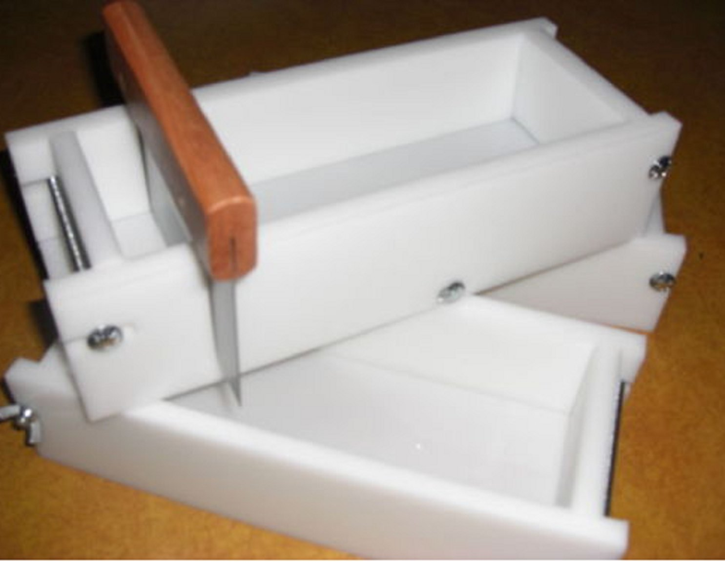 USA Premium Store HDPE 2-3 Loaf Soap Bar Cutter & No Liner Molds Wood Wooden Lids Aval.