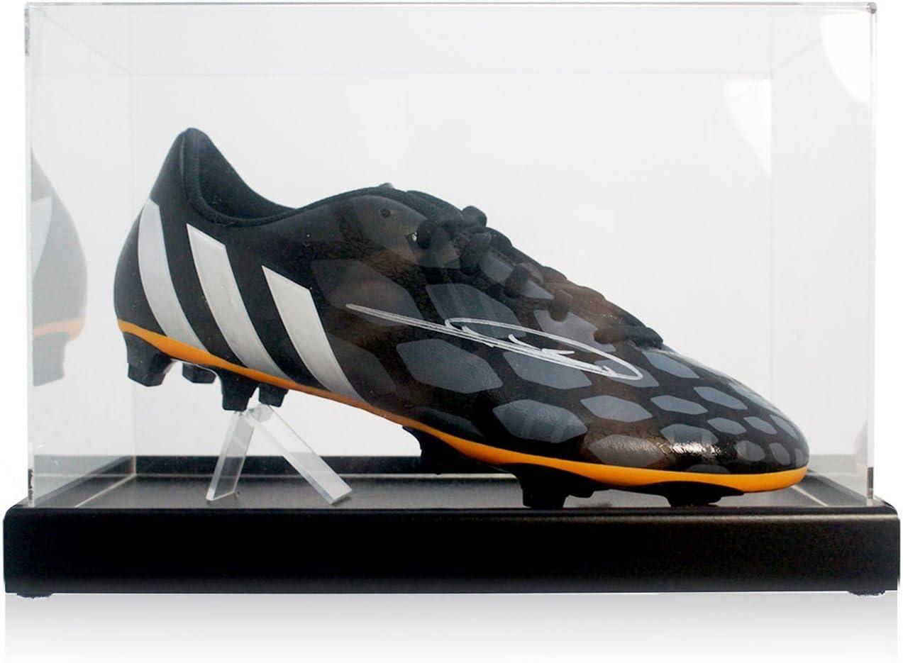Zinedine Zidane Firmado Botas de fútbol en la exhibición: Amazon.es: Deportes y aire libre