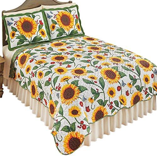(Reversible Sunflower & Butterflies Scalloped Edge Quilt Bedding Coverlet, Yellow Green, Full/Queen)