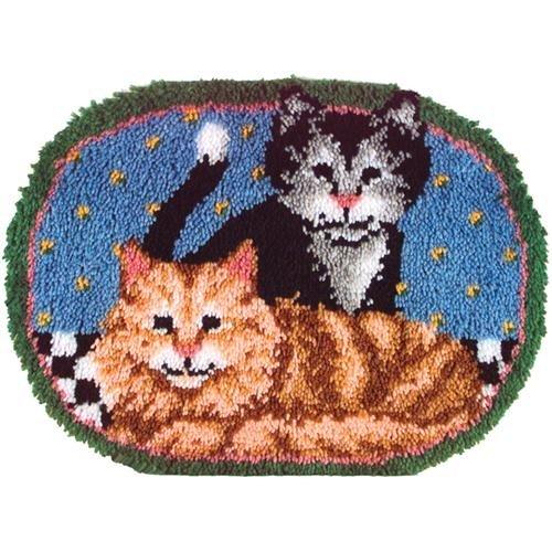 (Caron Natura Latch-Hook Kit, Cuddly Kittens, 20