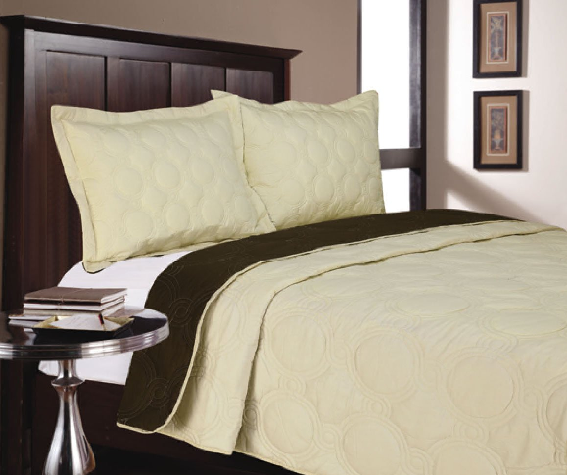Livingston Home HL-6296-I Bed Spread Quilt Ivory, Full/Queen by Livingston Home