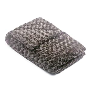 42x60-12 lb Charcoal Grey Chenille Magic Blanket - The Blanket That Hugs You Back   World's 1st Weighted Blanket   Molds to Body for The Perfect Hug to Calm and Promote Sleep sleep blankets - 614hZXFjs3L - Sleep blankets review – benefits of sleeping with weighted blankets