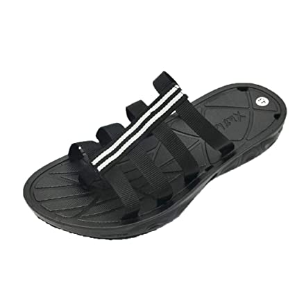 fe0b5eb1a277 Amazon.com  Men s Flip Flops - Fashion Clip Toe Sandals Non-Slip Flat Beach  Slippers
