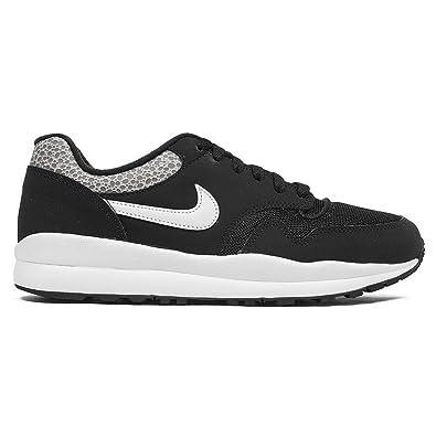 613be21e96998 Amazon.com | Nike Air Safari Mens 371740-009 | Athletic