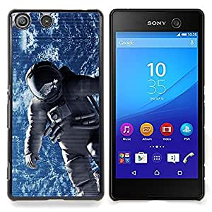"Qstar Arte & diseño plástico duro Fundas Cover Cubre Hard Case Cover para Sony Xperia M5 E5603 E5606 E5653 (Traje espacial cosmonauta Astronauta Órbita de la Tierra"")"