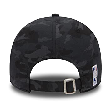 New Era Men s MLB League Essential Baseball Cap  New Era  Amazon.co.uk   Sports   Outdoors c5359d0153d5