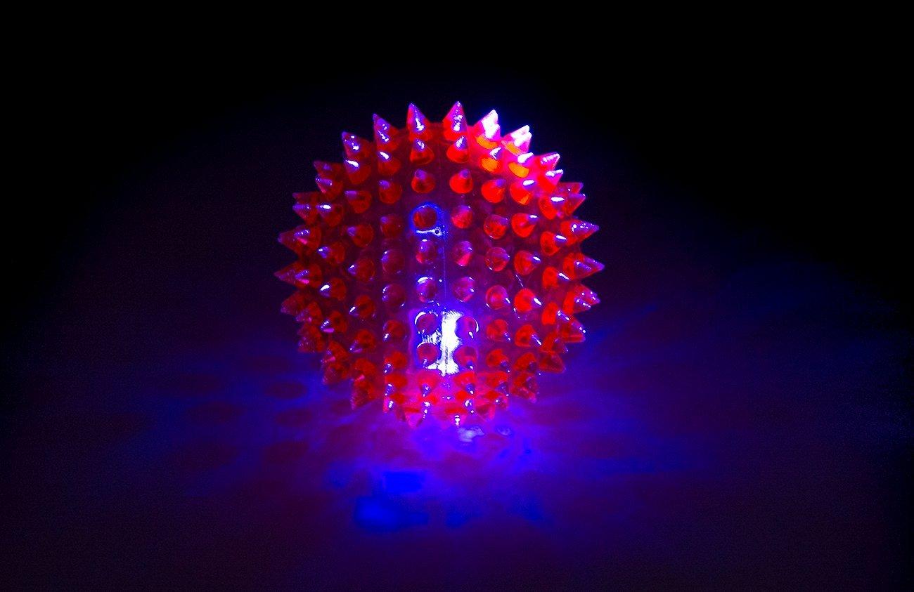 HTI LED Clignotant Bounce Spike Boule 7.5/cm
