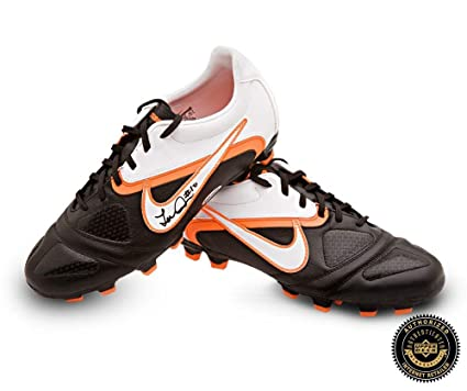 ce3dcedff Image Unavailable. Image not available for. Color  Landon Donovan Signed  Nike CTR360 Libretto II Soccer Cleats ...