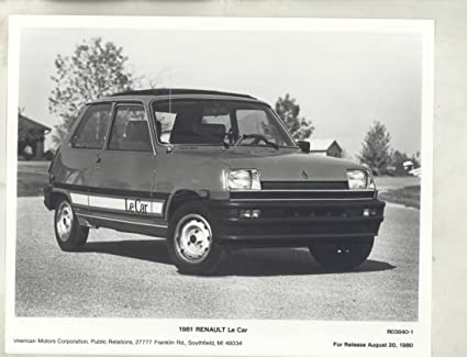 Amazon.com: 1981 Renault Le Car ORIGINAL Factory Photograph: Entertainment Collectibles