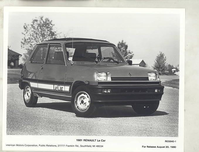 Amazon.com: 1981 Renault Le Car ORIGINAL Factory Photograph: Entertainment Collectibles