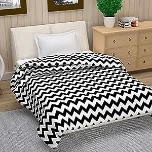 Divine Casa Natty Geometric Polyester Single Blanket -Black and White