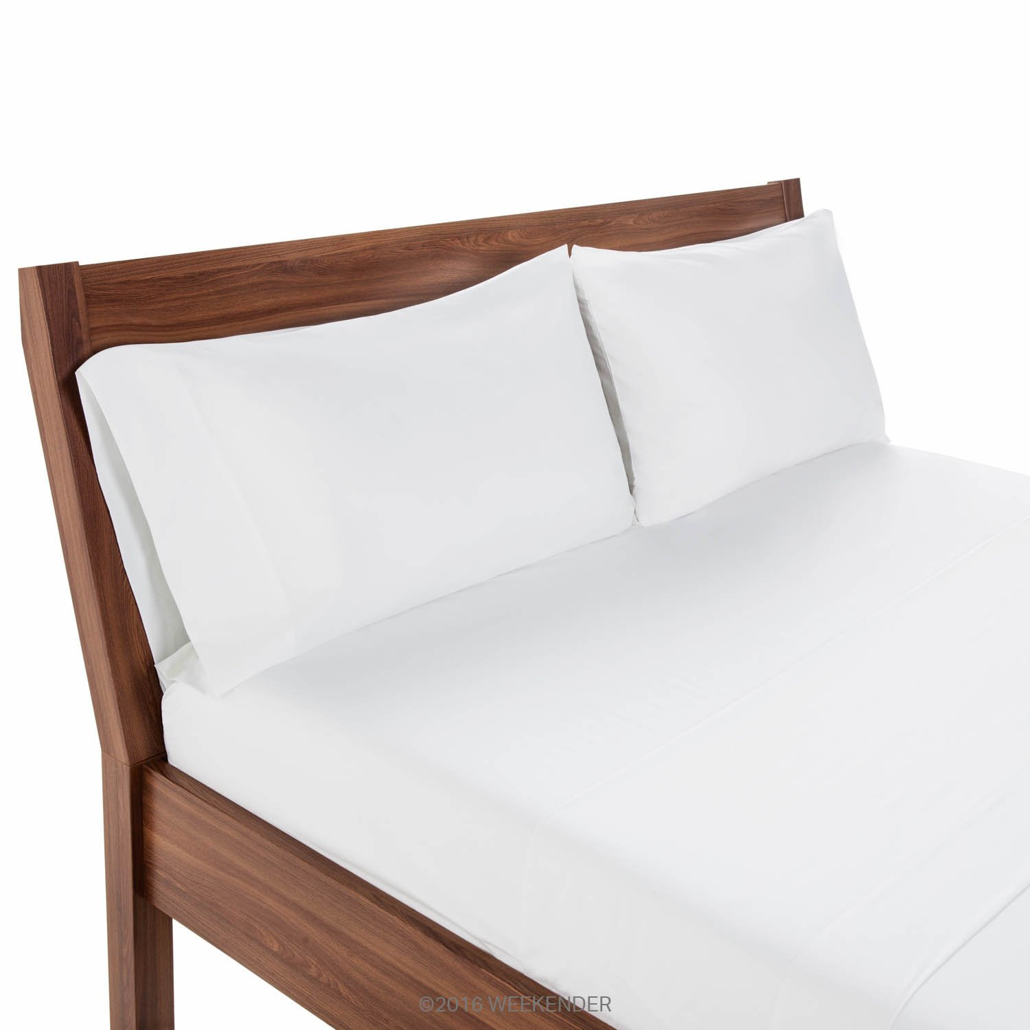 Cotton Rich Blend Set of 2 WEEKENDER 200 Thread Count Hotel Pillowcases White Queen WK02QQWH64PCHS