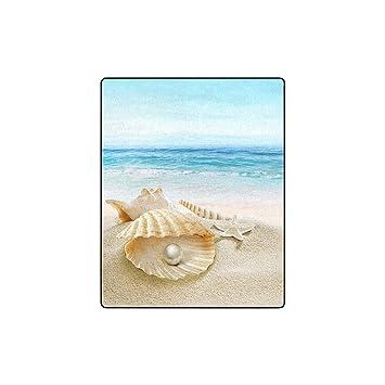 Amazon.com: INTERESTPRINT Sea Shell with Pearl and Starfish ...