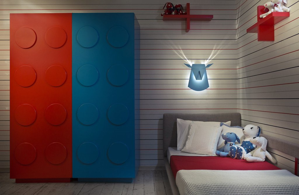Popup Lighting Elegant Aluminium Wall LED Light Deer Head Fixture Electricity Plug in Silver