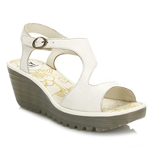 94e2c90877d71 Fly London Womens Off White Yanca Sandals  Amazon.ca  Shoes   Handbags