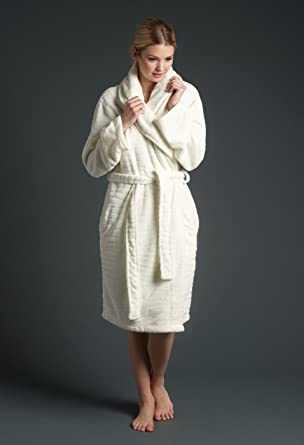 Winter Nightwear ~ Vintage Cream Textured Fleece Robe Nightgown ~ Tiger Hush  By Lepel ( 2f206fe4b