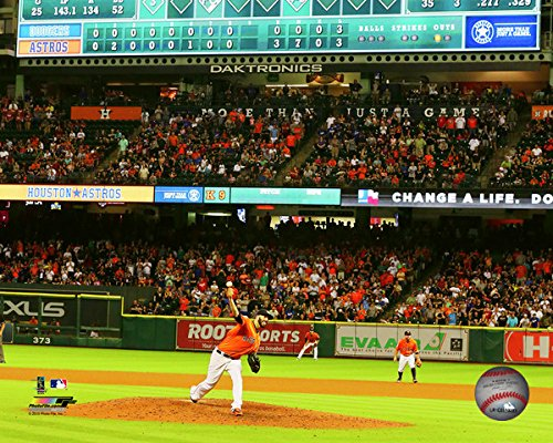 """Mike Fiers Houston Astros 2015 MLB No Hitter Photo (Size: 8"""" x 10"""")"""