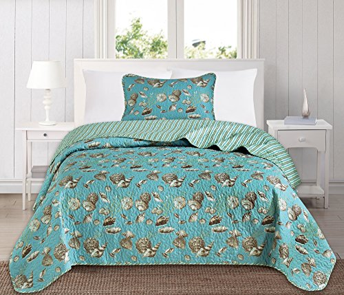 Great Bay Home 3 Piece Quilt Set with Shams. Soft All-Season Microfiber Bedspread Featuring Attractive Seascape Images. The Seychelles Collection Brand. (Twin)