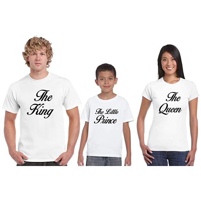 54c4a8998 YaYa cafe Royal Family Tshirts - Set of 4 for Mom, Dad, 2 Son - White:  Amazon.in: Clothing & Accessories