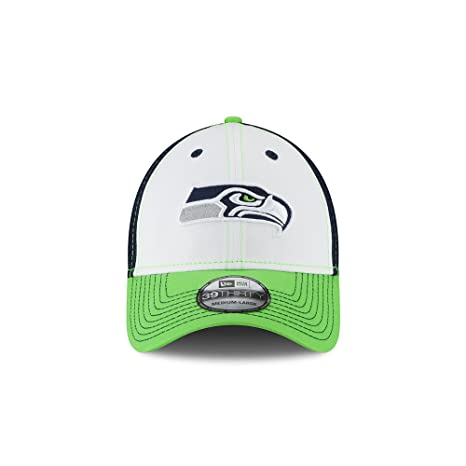 Amazon.com   New Era Seattle Seahawks Neo Medium   Large 3 Color ... 5b9290aef