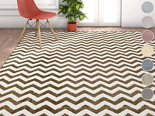 Wandering Chevron Green Zig Zag Modern Casual Geometric Area Rug 5×7 5 3 x 7 3 Easy to Clean Stain Fade Resistant Shed Free Contemporary Abstract Funky Fun Shapes Lines Living Dining Room Rug