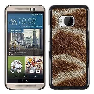 TopCaseStore / la caja del caucho duro de la cubierta de protección de la piel - Pattern White Brown Africa Animal - HTC One M9