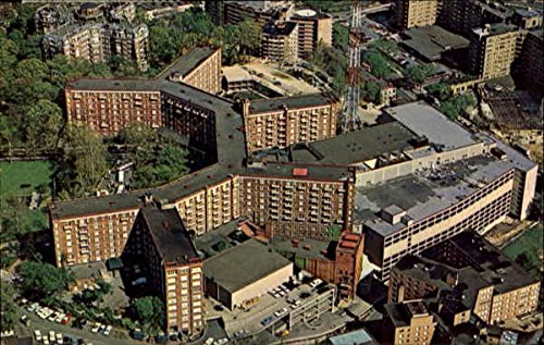 The Sheraton Park Hotel And Motor Inn, 2660 Connecticut Avenue Original Vintage Postcard