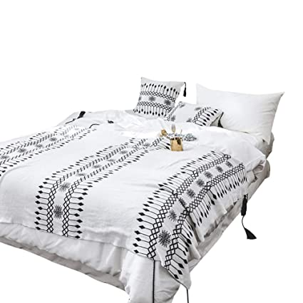 CoutureBridal Black and White Throw Blanket with Fringe for Bed Farmhouse  Aztec Pattern Cotton Knit Southwestern 7d88179ce