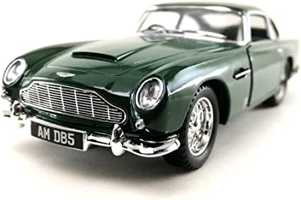 Amazon Com Sport Racing Classic Model Car Die Cast 1 38 1963 Aston Martin Db5 Green Color Toy Collection Pull Back Open Door Hobby Collectible Toys Games
