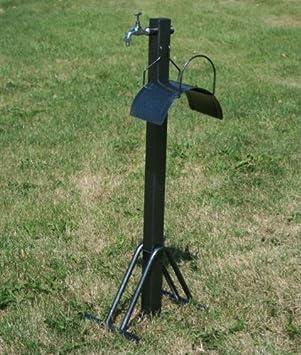Robinet de jardin sur pied for Placer un robinet exterieur