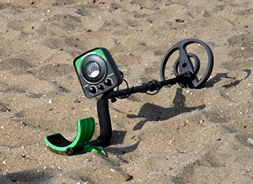 Treasure Cove TC-1015 Fast Action Junior Metal Detector with Waterproof Search Coil, No Manual Tuning Needed, 10 Year Warranty