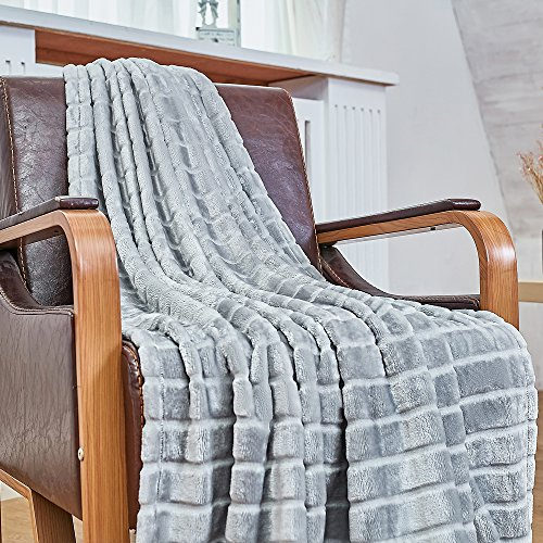 Bertte Ultra Velvet Plush Super Soft Decorative Stripe Throw blanket 50