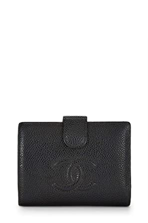 ee3278956351 CHANEL Black Caviar Bifold Wallet (Pre-Owned) at Amazon Women's Clothing  store: