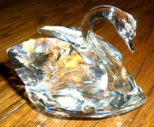 (Swarovski Love Swan Beautiful Crystal Figurine Stamped Signed)