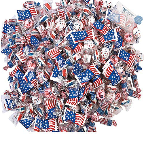 Bargain World 4th of July Parade Assortment (With Sticky Notes) - Patriotic Roll Candy
