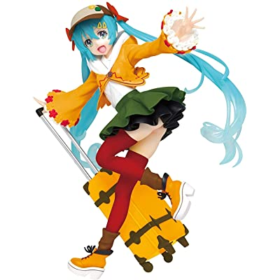 "Taito Original Autumn Clothes 7"" Hatsune Miku Action Figure (Renewal Version): Toys & Games"