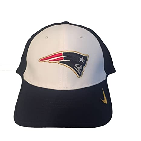 3e102433a1fa5 ... czech nike mens true vapor nfl new england patriots adjustable hat  white blue c133f 6c2cb