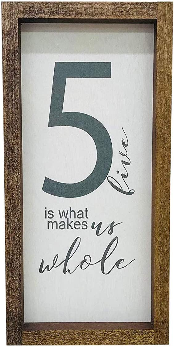 Madi Kay Designs Farmhouse Wall Decor, Family of 5 Home Sign, Rustic Wooden Frame Decoration