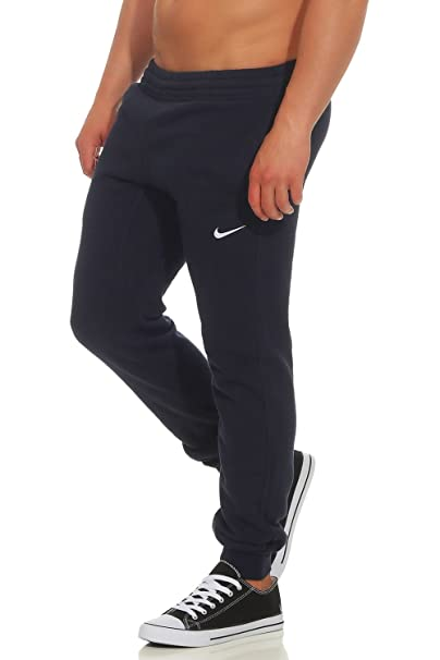 9bc814f2a6 Nike Club Cuffed Tapered Pantaloni della Tuta: Amazon.it: Sport e tempo  libero