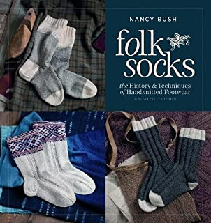Knitting Vintage Socks Nancy Bush 9781931499651 Books Amazon Ca
