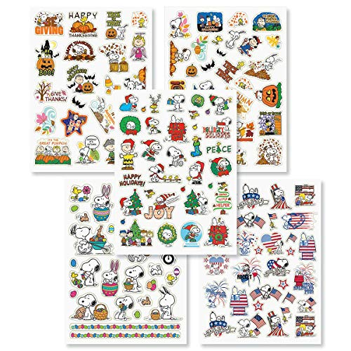 Peanuts Gang Snoopy Charlie Brown Lucy Linus Character Christmas Easter Thanksgiving Halloween 4th of July Seasonal Holiday Sticker Set, 5 Sheets 118 ()
