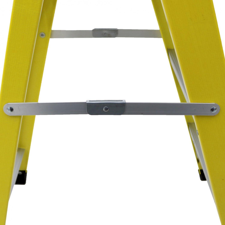 Oypla Heavy Duty Electricistas fibra de vidrio Escalera plegable 4 Tread EN131 Certified: Amazon.es: Bricolaje y herramientas