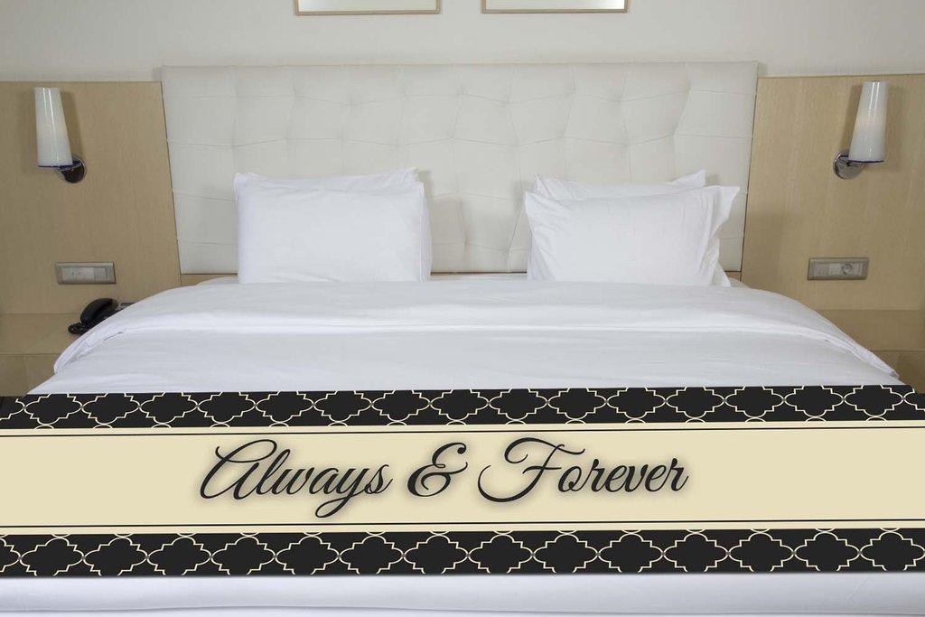 ''Always & Forever'' Black Quatrefoil Bed Runner Scarf Twin/Full/Queen/King Size