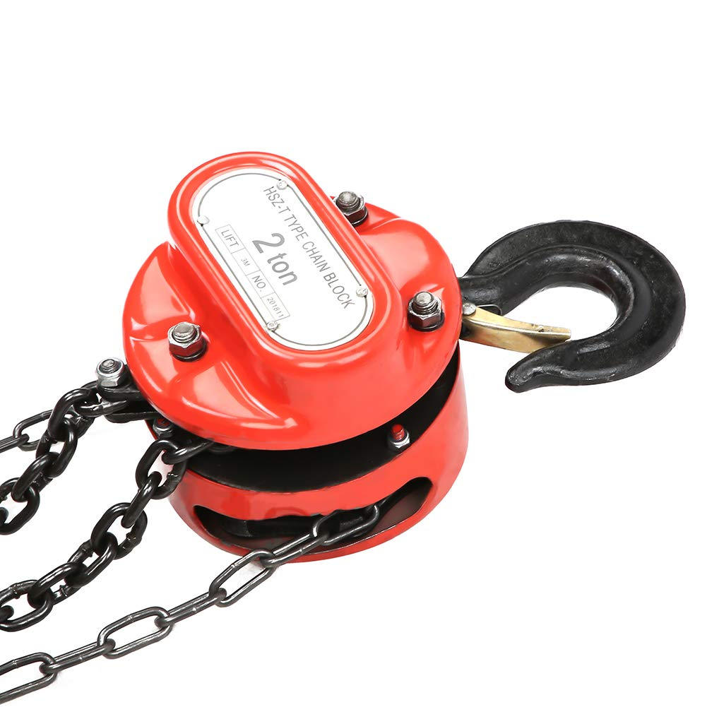 Chain hoist steel construction heavy load 2 ton load capacity and 3 m lifting height.