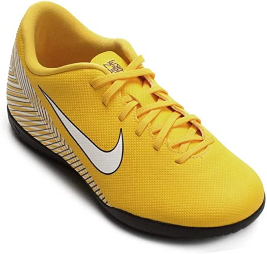 chaussure de futsal enfant nike