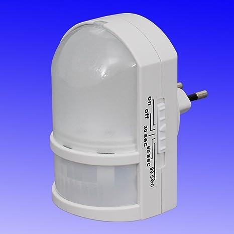 Luz nocturna LED con sensor de movimiento - luz automático con función directamente 230 V Trango
