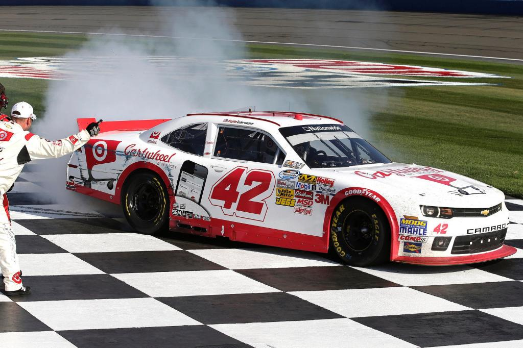 Amazon Com Kyle Larson 2014 Nationwide At Fontana Target