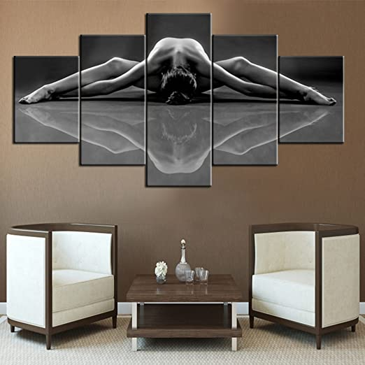 Amazon Com Rustic Home Decor For Living Room Hot Sex Lady Canvas Wall Art Black And White Paintings Naked Girl Pictures 5 Panel Wall Art Modern Artwork Giclee Framed Gallery Wrapped Ready To Hang 60 Wx32 H