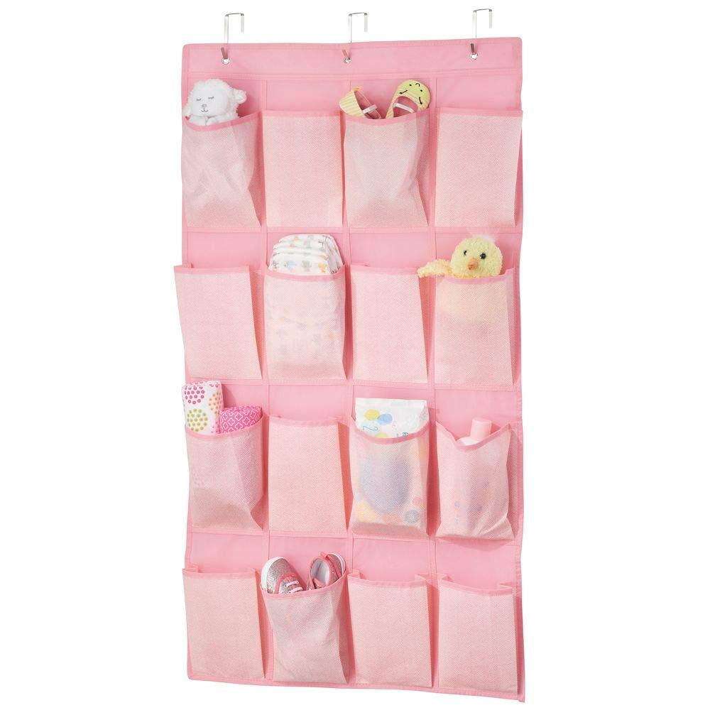 mDesign Estantería de tela colgante con 16 bolsillos profundos – Sistema de almacenamiento para calzado, accesorios y ropa para niños – Estantes de tela para la habitación infantil – rosa MetroDecor 02145MDB