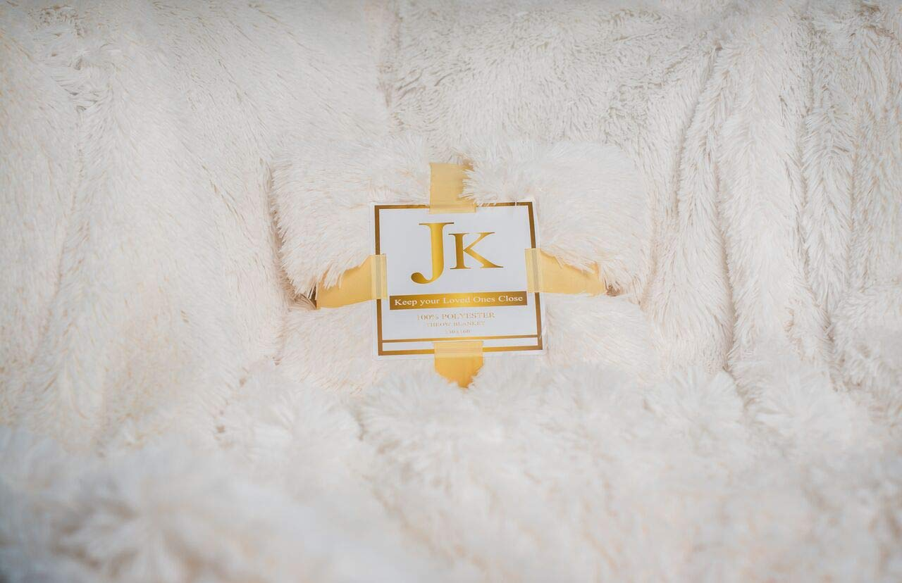 JK Home Design White Luxury Soft Long Shaggy Throw Blanket Faux Fur Warm Elegant Cozy With Fluffy Blanket Bedspread Suitable for Bed Chair or Sofa